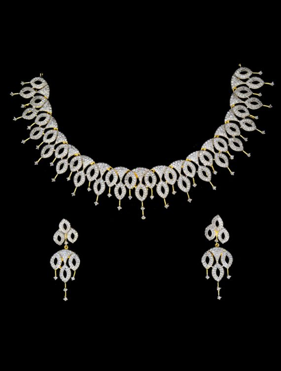 White Diamond Studded Pendant Set