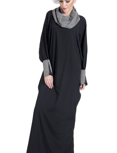 Cowl Neck Black And White Print Dress Abaya