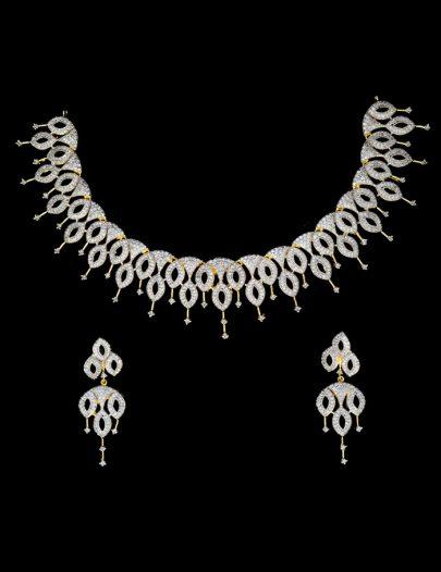 White Diamond Studded Pendant Set