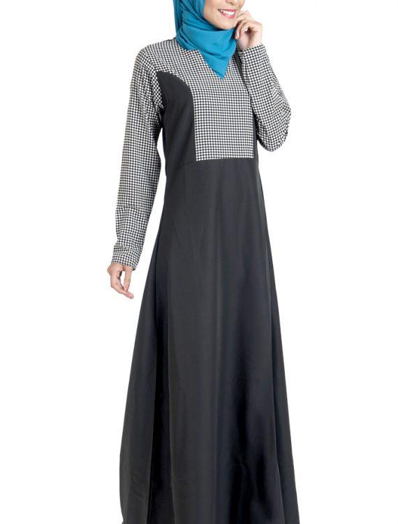 Block Work Black And White Print Dress Abaya